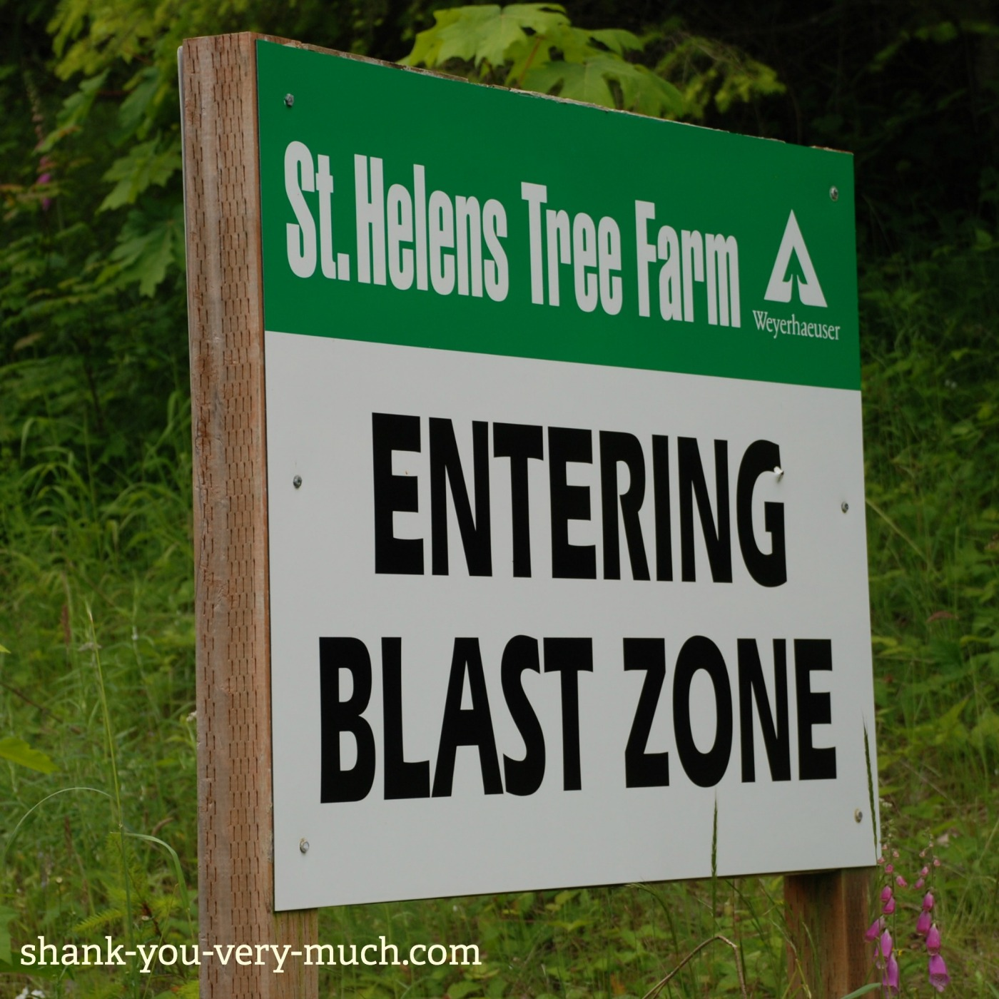 """A sign that says """"Entering blast zone"""" at Mt St. Helens volcano"""